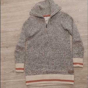 Worn once! Roots Cabin Sweater - size xs